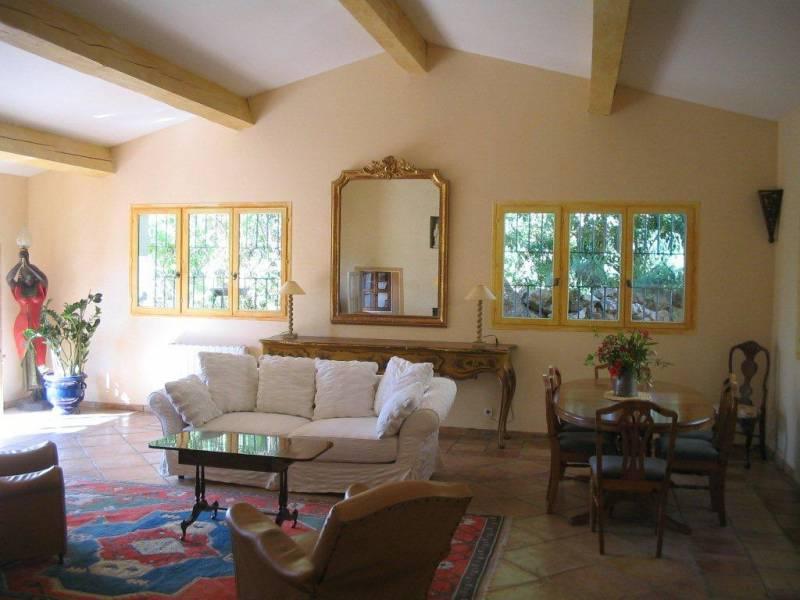 location prestige aix en provence 13090 bastide meubl e aix en provence. Black Bedroom Furniture Sets. Home Design Ideas